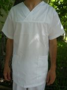 costum-medical-bucuresti